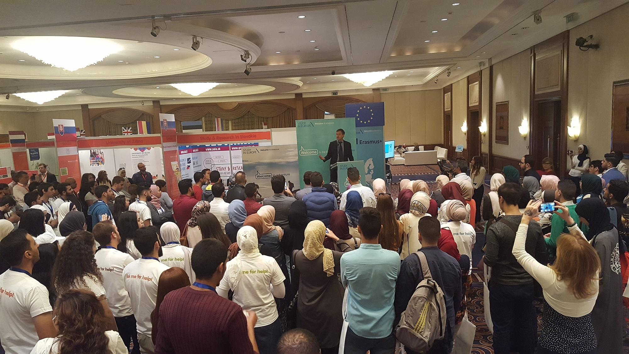 """Haridusmessi """"Study in Europe"""" avas Euroopa Liidu esindaja Jordaanias hr  Andrea Matteo Fontan"""
